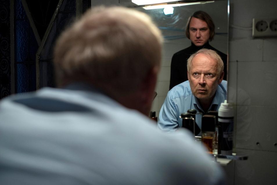 Recht so: Eigentlich ist Kai Korthals (Lars Eidinger) am Ende des Films tot, doch er lässt Borowski (Axel Milberg) nicht los. Das lässt hoffen.