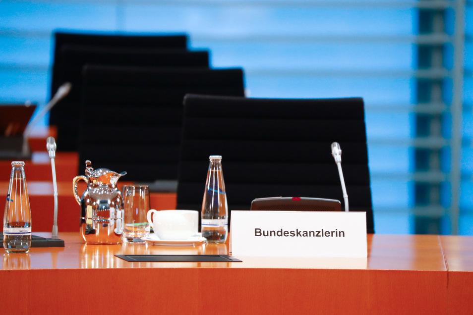Vorsichtshalber blieb der Stuhl der Kanzlerin am Montag leer.