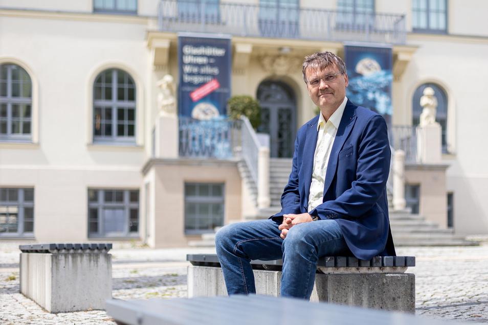 Steffen Barthel möchte gern Bürgermeister in Glashütte werden. Der Johnsbacher hat nun Rückhalt aus seinem Heimatdorf bekommen.