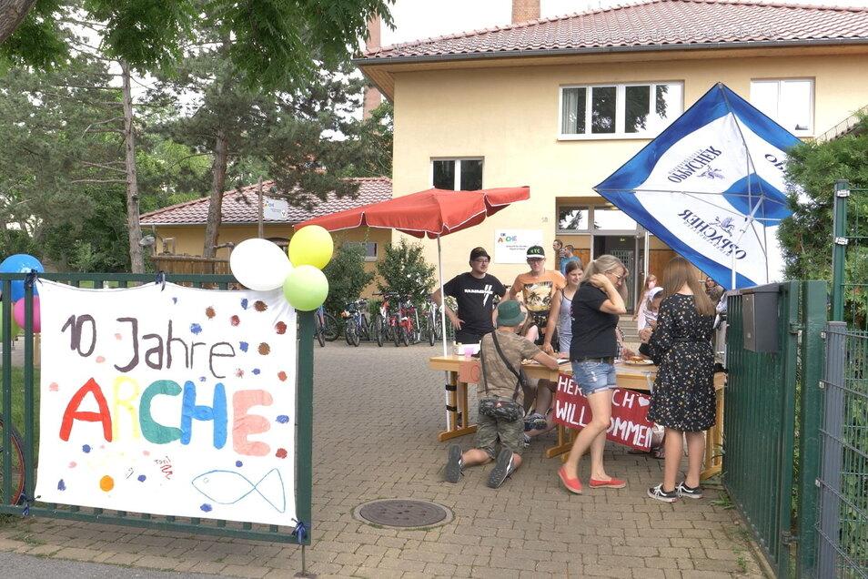 Mit einem Sommerfest ist das zehnjährige Bestehen der Meißner Arche gefeiert worden.