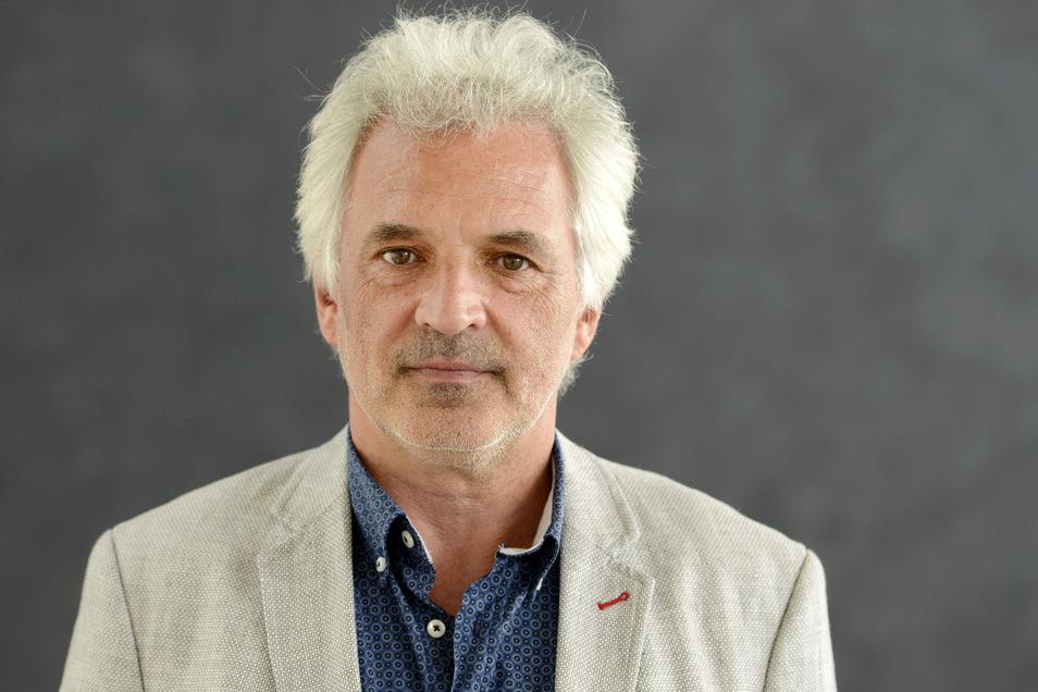 Axel Köhler ist mit 59 Jahren der neue Rektor der Dresdner Musikhochschule. Am Donnerstag wird er ins Amt eingeführt.