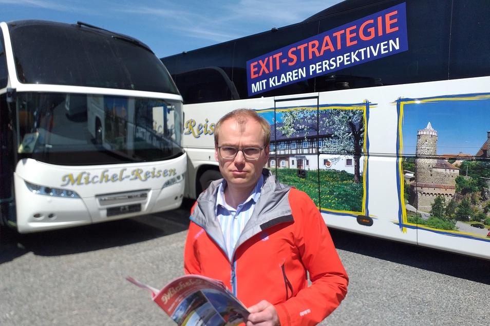 Frank Michel fordert eine klare Perspektive für Reisebusunternehmen.
