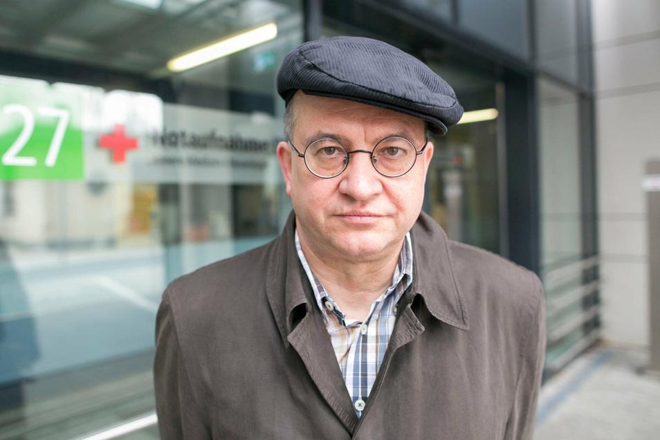 Der Dresdner CDU-Bundestagsabgeordnete Arnold Vaatz ist als Festredner zur Einheitsfeier geladen. SPD, Grüne und Linke kritisieren das.