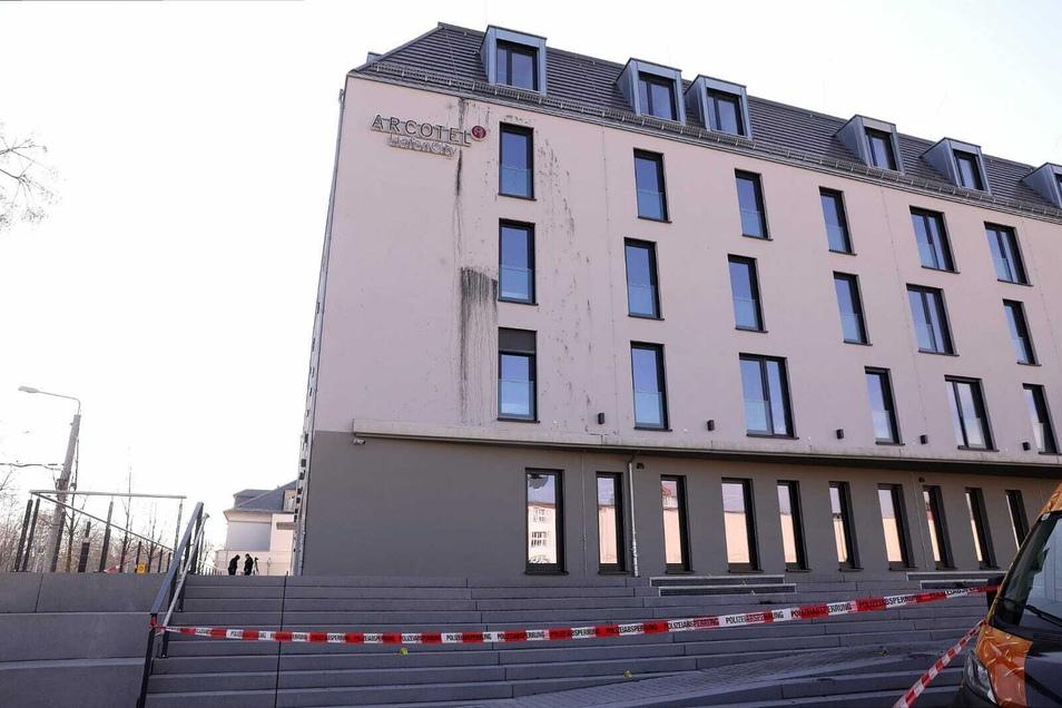 Das neue Hotel an der Leipziger Straße ist komplett fertig und wartet auf die ersten Gäste nach dem Lockdown. Nun müssen die Maler noch mal ran.