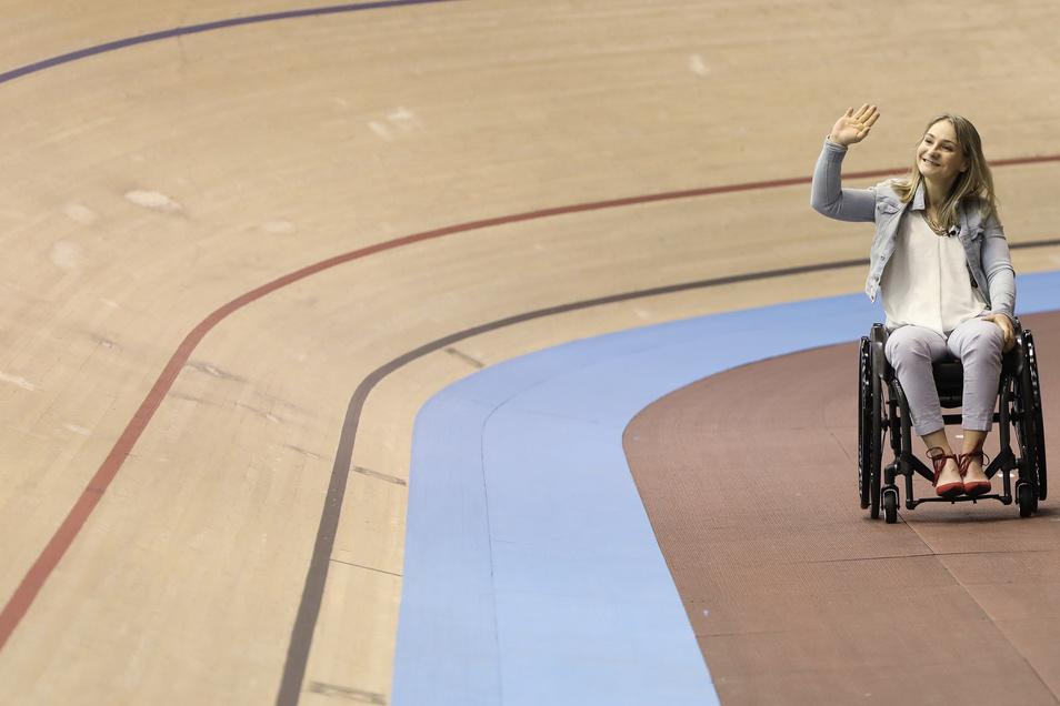 Erstmals kehrt Kristina Vogel auf die Bahn zurück, wo sie große Erfolge feierte. Die 28-Jährige wird am Rande des Weltcups in Berlin als Radsportlerin des Jahres geehrt.