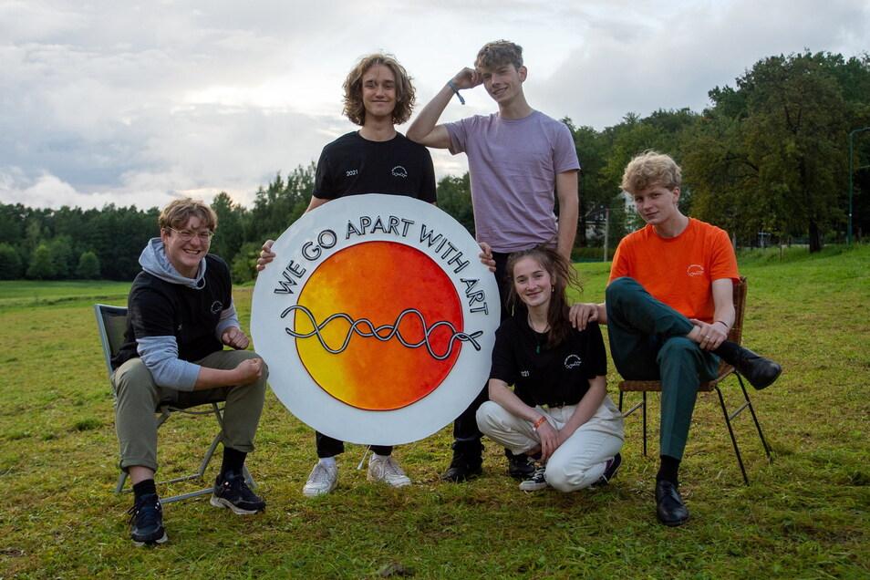 Mauritius, Johannes-Paul, Leonard, Flora und Matteo haben zusammen mit zwei weiteren Freunden ein ganzes Festival in Neukirch organisiert. Und das zum zweiten Mal.
