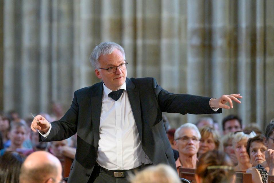 Ekkehard Klemm, Chefdirigent der Elbland Philharmonie Sachsen.