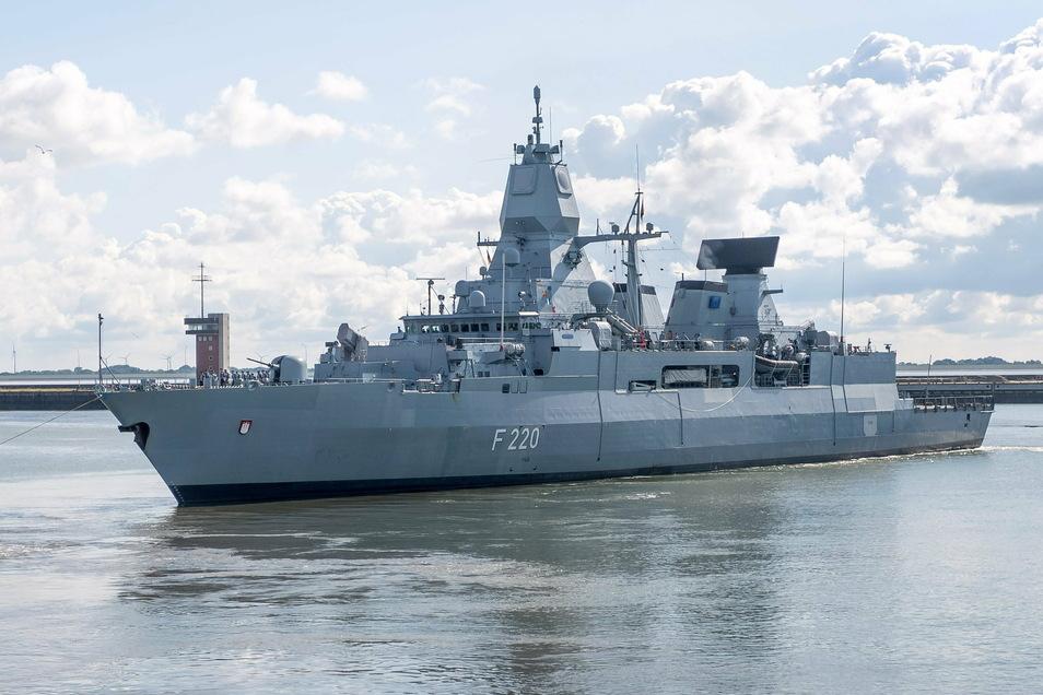 """Die Fregatte """"Hamburg"""" läuft Anfang August aus Wilhelmshaven zu einem fünfmonatigen Mittelmeer-Einsatz im Rahmen der Auslandsmission Irini der Europäischen Union vor der Küste des Bürgerkriegslandes Libyen aus."""