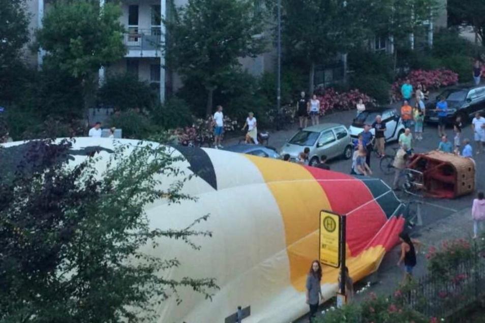 Der Heißluftballon landete Anfang Juli 2020 an der Ecke Kipsdorfer Straße/Ludwig-Hartmann-Straße.