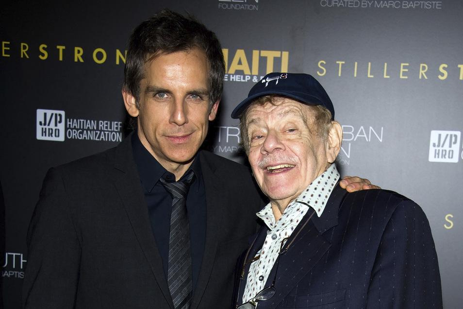 Ben Stiller (l) und sein Vater Jerry Stiller im Februar 2011.