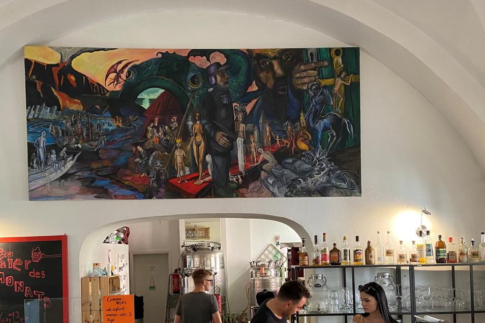 """In einer Kunstausstellung in der Görlitzer Brauerei """"Bierblume"""" zeigt Herrmann Rueth großformatige Bilder."""