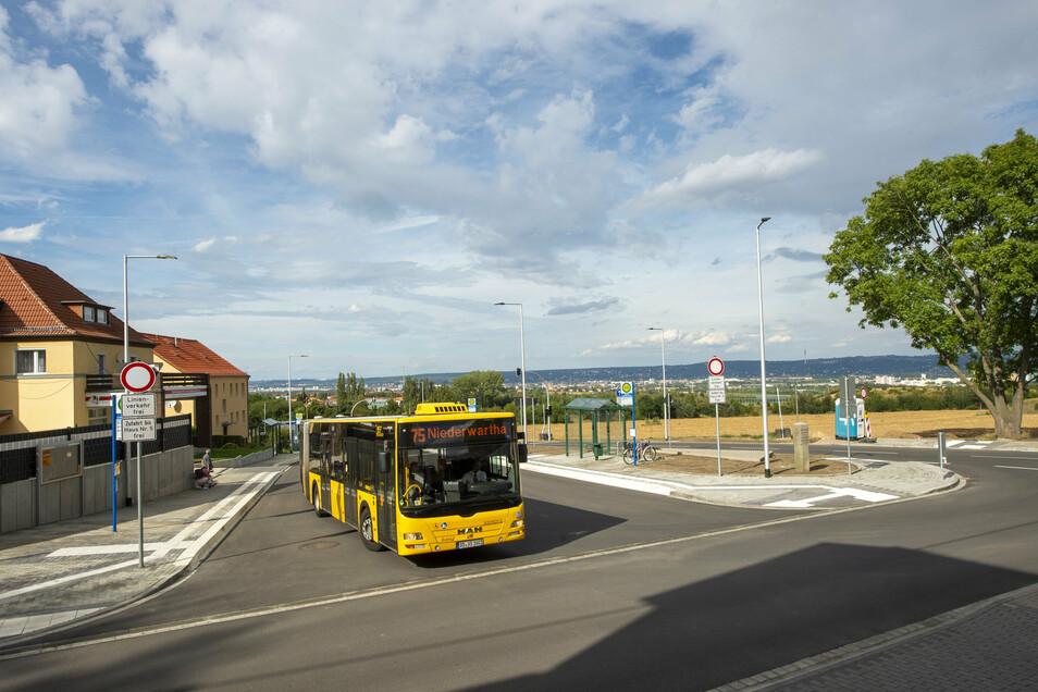 Der neue Buswendeplatz ist fertig. Am Montag soll hier der Verkehr wieder für alle rollen.
