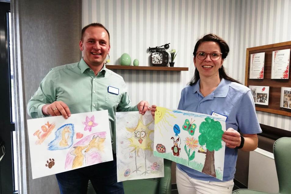 Die ersten Kunstwerke von Eddy (5 Jahre) und Maila (9 Jahre) sind bereits im Azurit-Seniorenhaus eingetroffen, freut sich Hausleiter Stefan Lux.