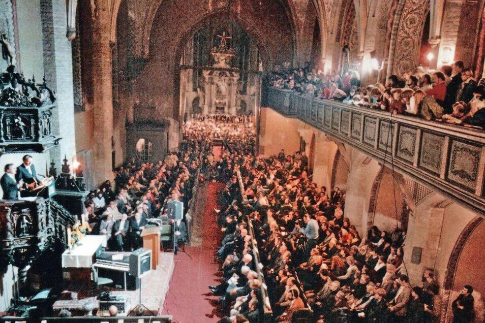 Der Auftritt Billy Grahams 1982 gehört zu den großen Ereignissen in dieser Kirche.