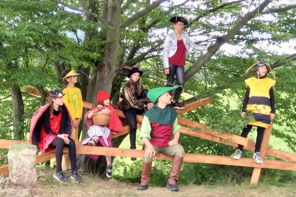 Spielten sich in die Herzen der Zuschauer: die jungen Märchenerzähler.