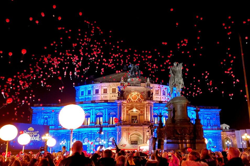 Eintrittsfrei können die Dresdner und Gäste der Stadt am 28. Januar vor der Oper feiern.