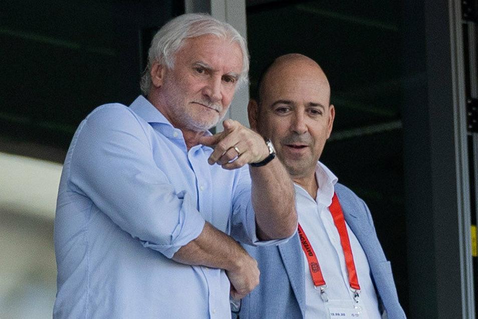 Es gibt nur einen Rudi Völler, den jetzt auch in der Hall of Fame und auf diesem Bild mit Fernando Carro.