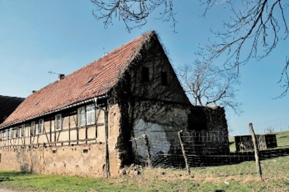 Ein trauriger Anblick: das 500 Jahre alte Rittergut in Schletta.