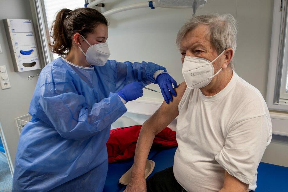Impfungen wie hier in Bannewitz sind der einzige sichere Schutz gegen das Coronavirus. © Daniel Schäfer