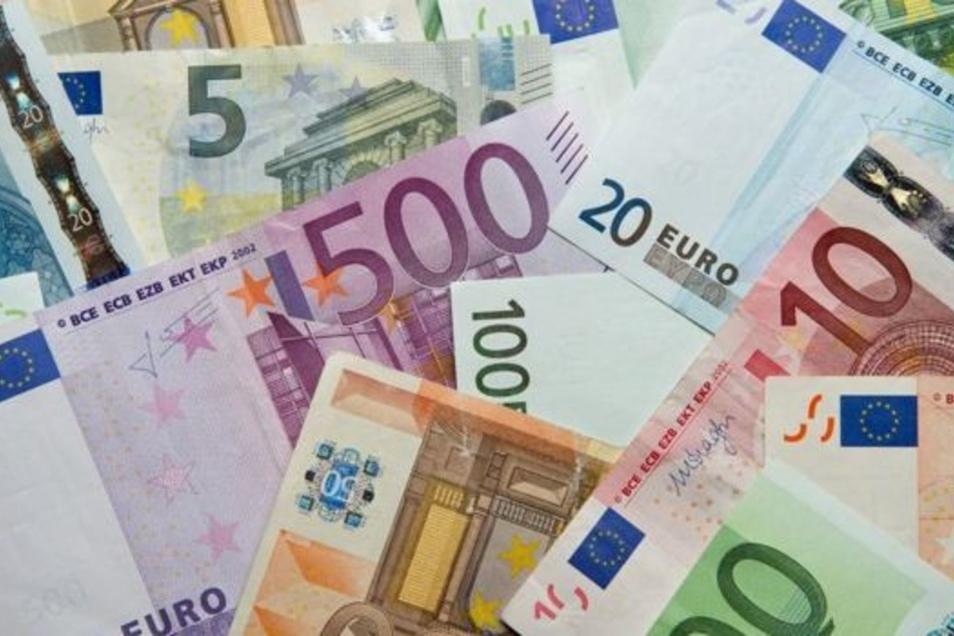 Geld gibt es bei der Ostsächsischen Sparkasse künftig aus neuen Automaten.