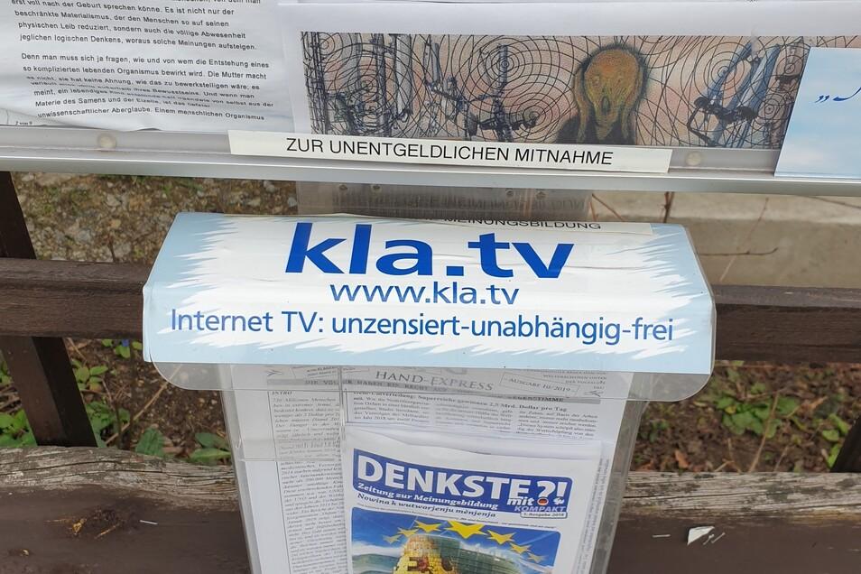 Werbung für den Fernsehsender Klagemauer-TV des Schweizer Sektenanführers Ivo Sasek gibt es auch in Bautzen - ausgerechnet am Privatgrundstück eines Ehepaars, das auch für das Bautzener Lokalmagazin Denkste?! schreibt.