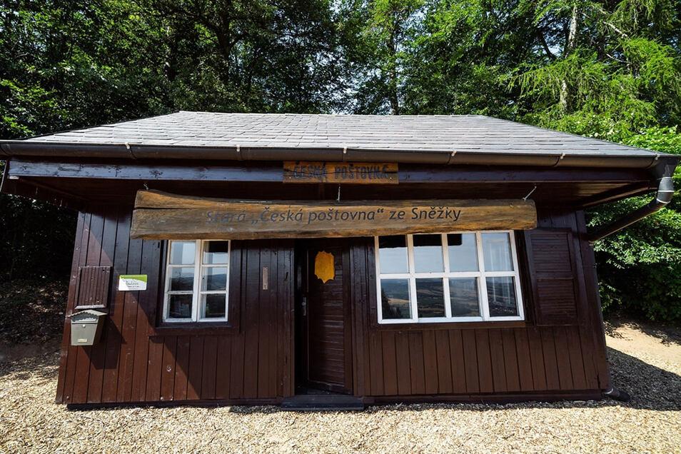 Das alte Postamt von der Schneekoppe ist schon vor Jahren in Richtung Prag umgezogen. Nun musste es erneut ein neues Zuhause finden.