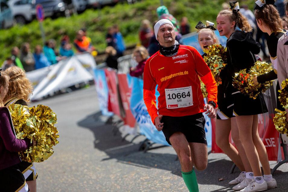 Ulli Bransch vom City-Lauf-Verein Dresden machte beim Zehn-Kilometer-Lauf mit.