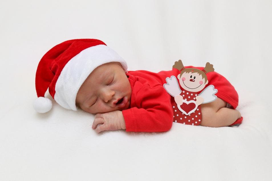 Jonathan Geißler, geboren am 15. Dezember, Geburtsort: Görlitz, Gewicht: 3.070 Gramm, Größe: 48 Zentimeter, Eltern: Michaela Otto und Jens Geißler, Wohnort: Görlitz