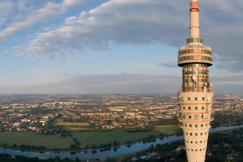 Der Fernsehturm soll schon bald wieder einmalige Ausblicke für Dresdner und Touristen bieten.