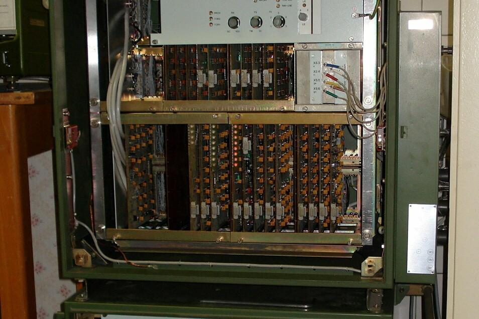 Das Bild zeigt einen Teil einer T-310-Chiffriermaschine