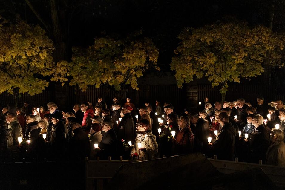Erinnern an die früheren jüdischen Mitbewohner hat in Görlitz Tradition: Dieses Jahr kann der Gedenkmarsch von der Frauenkirche zur Synagoge aber coronabedingt nicht stattfinden. Eine Gedenkveranstaltung gibt es aber trotzdem.