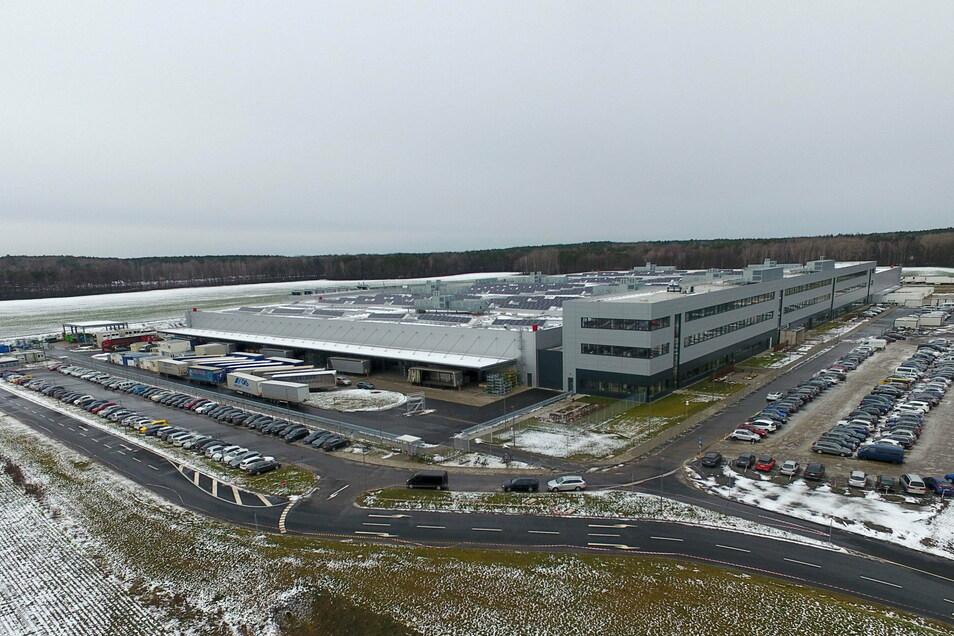 Zu Accumotive in Kamenz gehören zwei Batteriefabriken. Die Produktions- und Logistikfläche umfasst insgesamt 80.000 Quadratmeter.