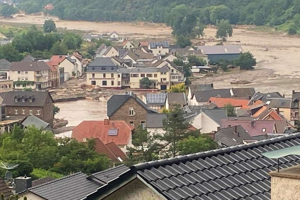 Der kleine Ort mit nicht einmal 600 Einwohnern ist im Juli dieses Jahres überflutet worden.