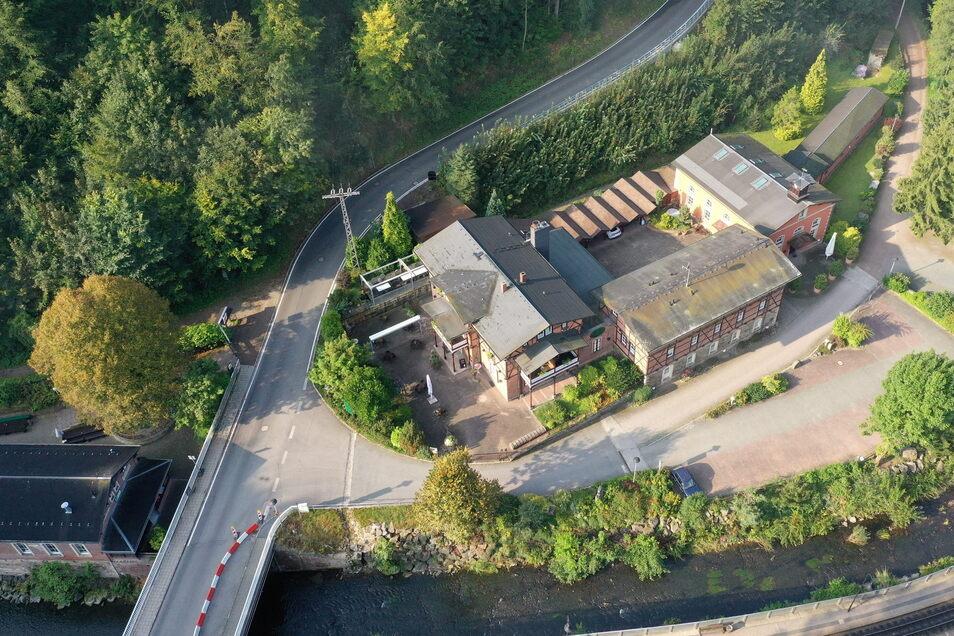 """Zum Hotel-Restaurant """"Rabenauer Mühle"""" gehören die Wandergaststätte und ein Freizeitgebäude."""