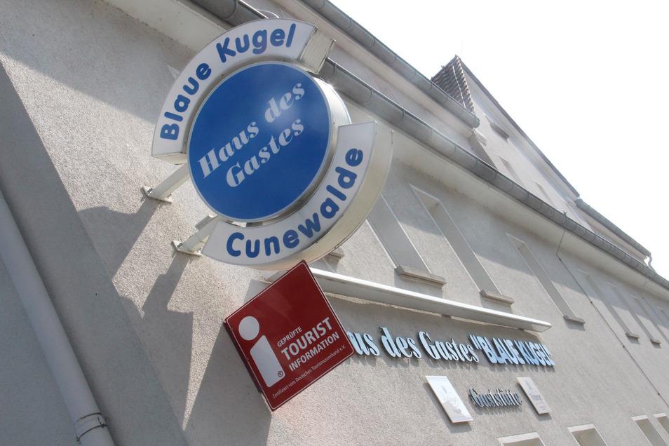 Wer die Säle oder andere Räume in der Blauen Kugel in Cunewalde nutzt, muss dafür künftig mehr als bisher bezahlen.