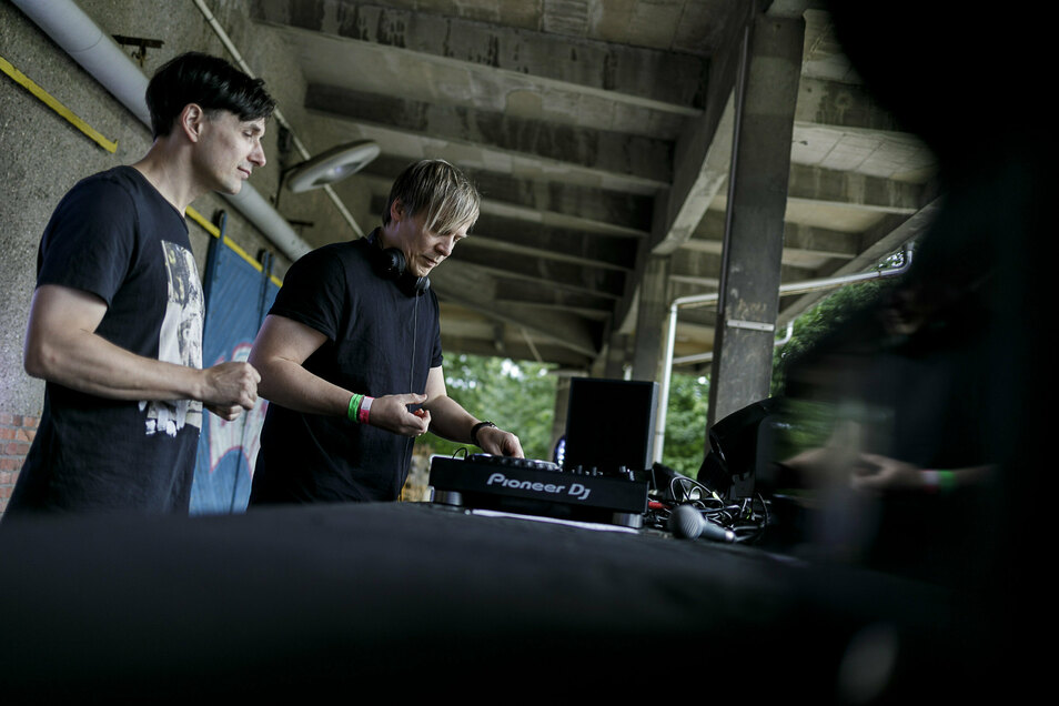Ein seltener Auftritt in Corona-Zeiten: Die Löbauer DJs waren im Juli beim Euphonic Family Open Air in Görlitz dabei.