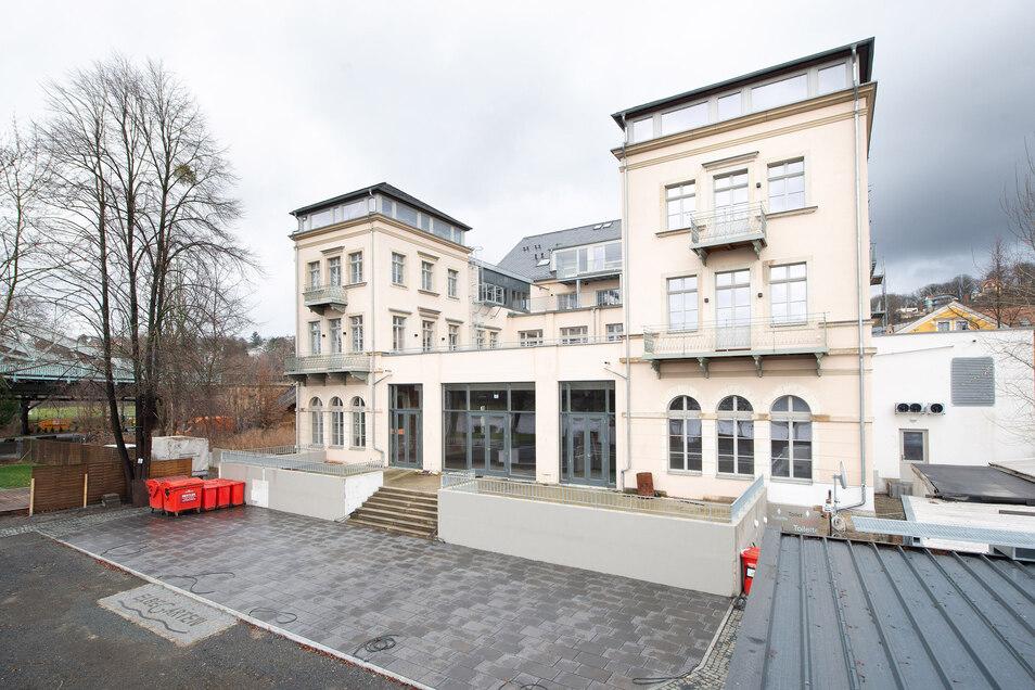 Im ehemaligen Hotel Demnitz soll bald das Restaurant Elbegarten öffnen.
