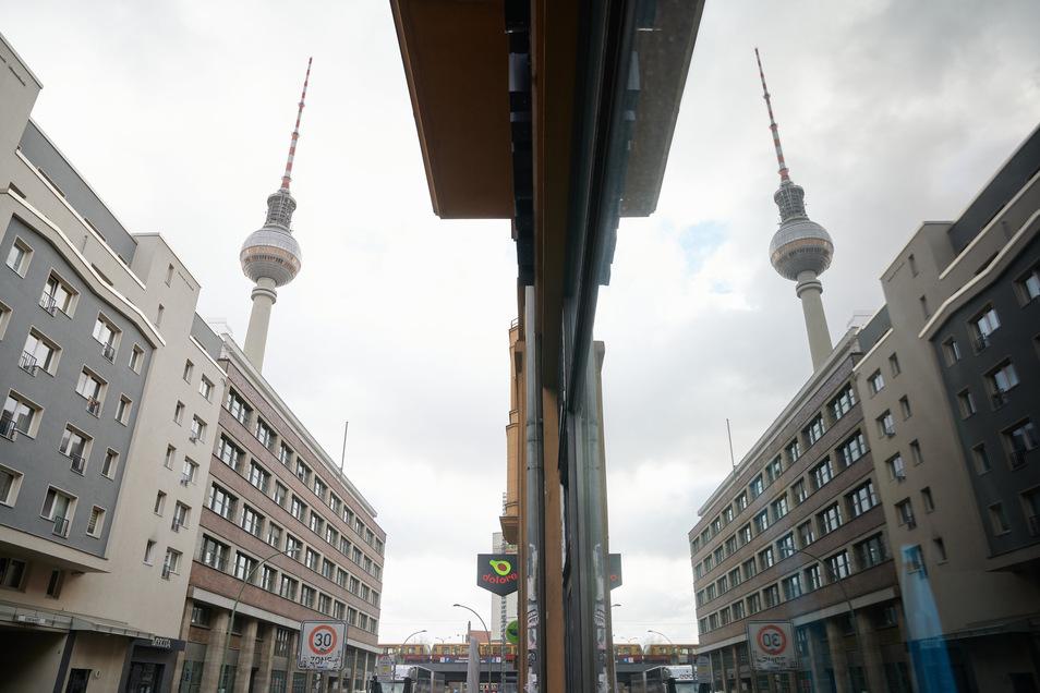 In Berlin werden die Mieten für 1,5 Millionen Wohnungen für fünf Jahre eingefroren.