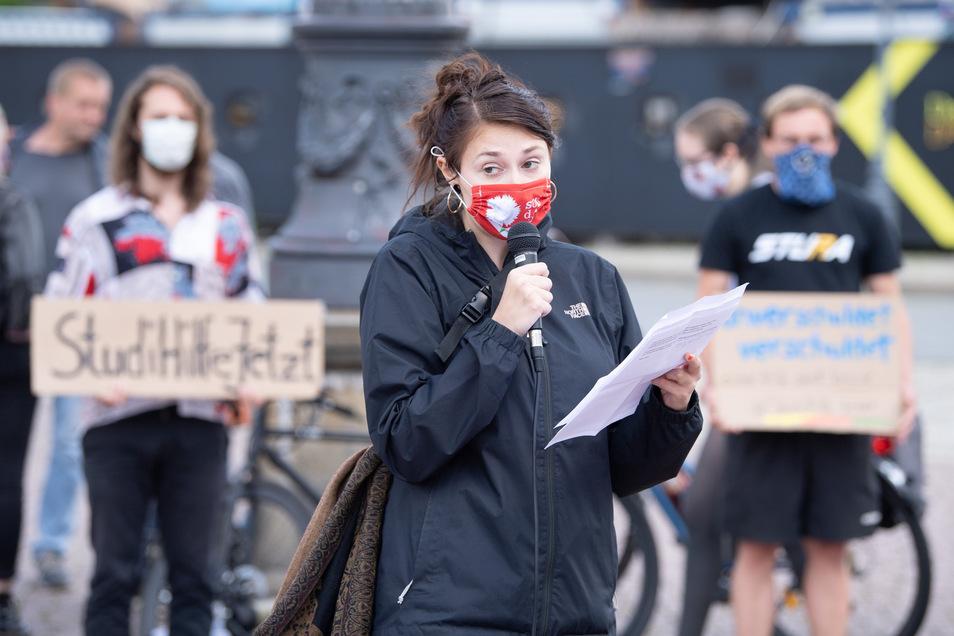 Das Soziale liegt Anna Gorskih eigenen Aussagen nach sehr am Herzen. Anfang Juni sprach sie deshalb bei einer Kundgebung von Studierenden, die für mehr finanzielle Unterstützung in der Corona-Krise demonstrierten.