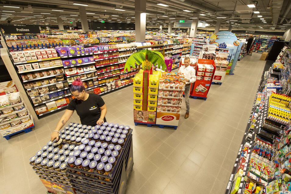 Scheunenhofcenter: Edeka-Frischemarkt auf 2.500 Quadratmetern.