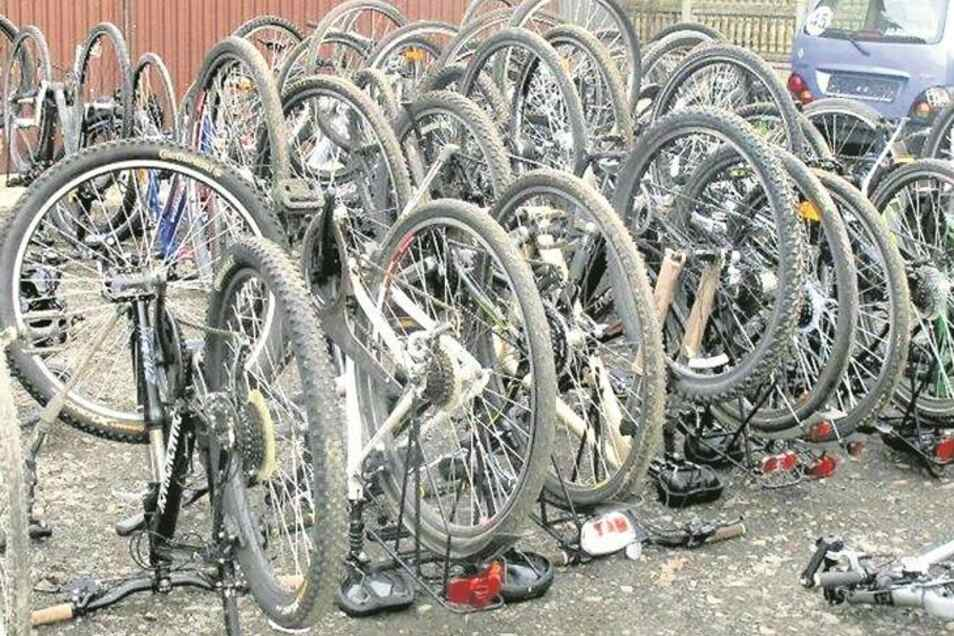 36 gestohlene Fahrräder hat die Polizei in Porajow (Polen) gefunden.