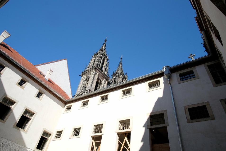 Das ehemalige Gefängnis wird für 1,2 Millionen Euro saniert. Jetzt gibt es erste Bilder vom Innenraum.