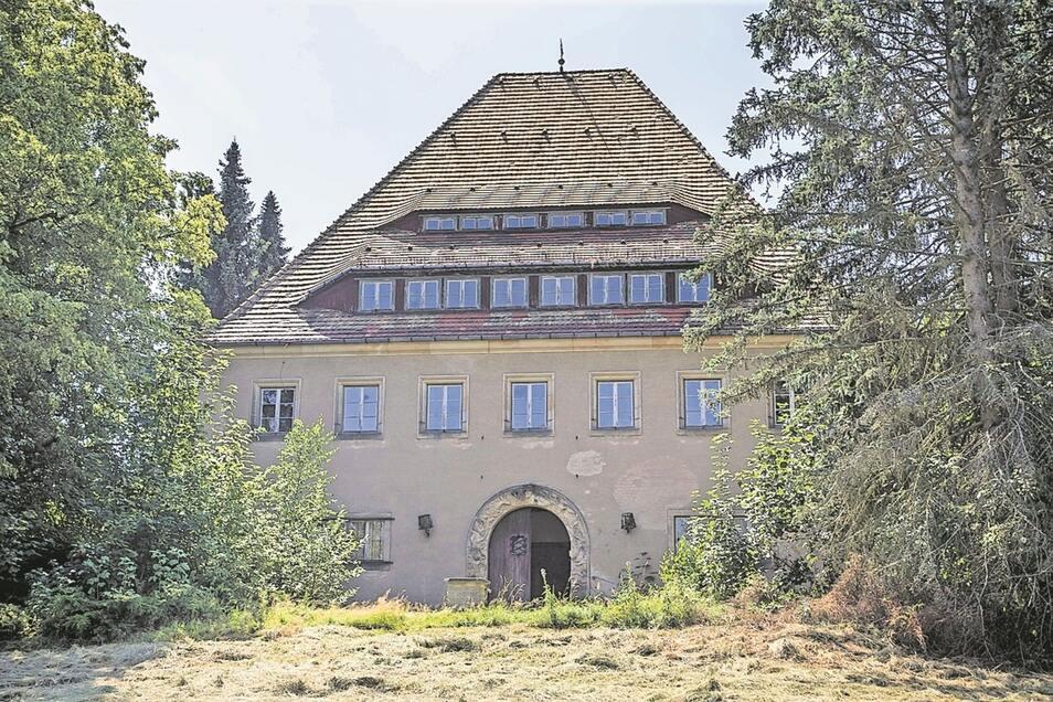 In die Pläne wird auch das Neue Jägerhaus eingebunden, das in einem schlechten baulichen Zustand ist.