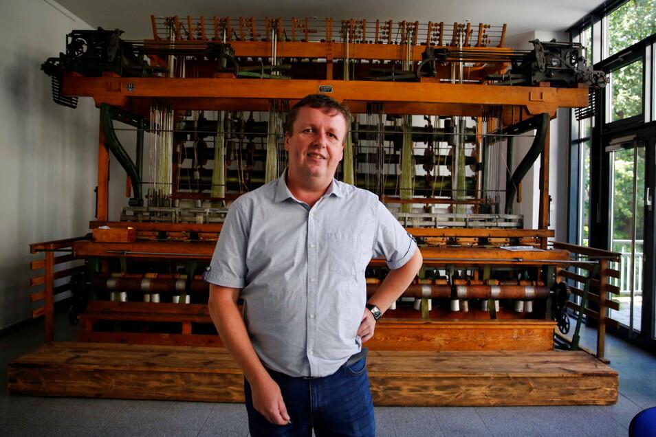 Bernd Hartmann ist Vorsitzender des Vereins des Industrie- und Bandmuseums in Großröhrsdorf.