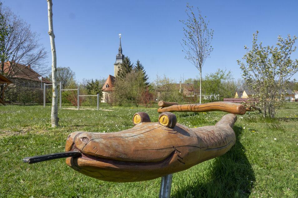 Der Spielplatz in Jahnishausen im April.