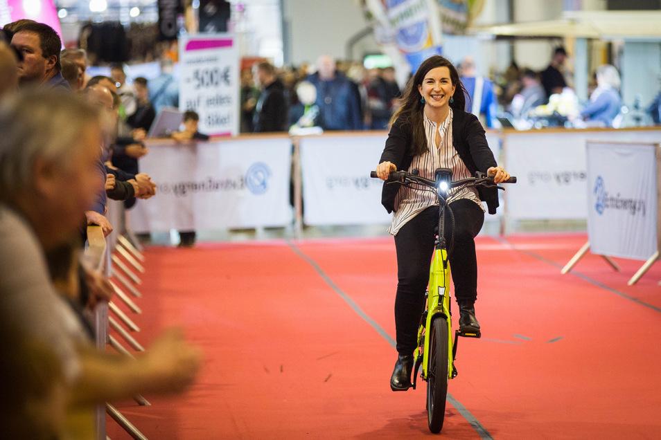 Sächsische-de testet ein E-Bike.
