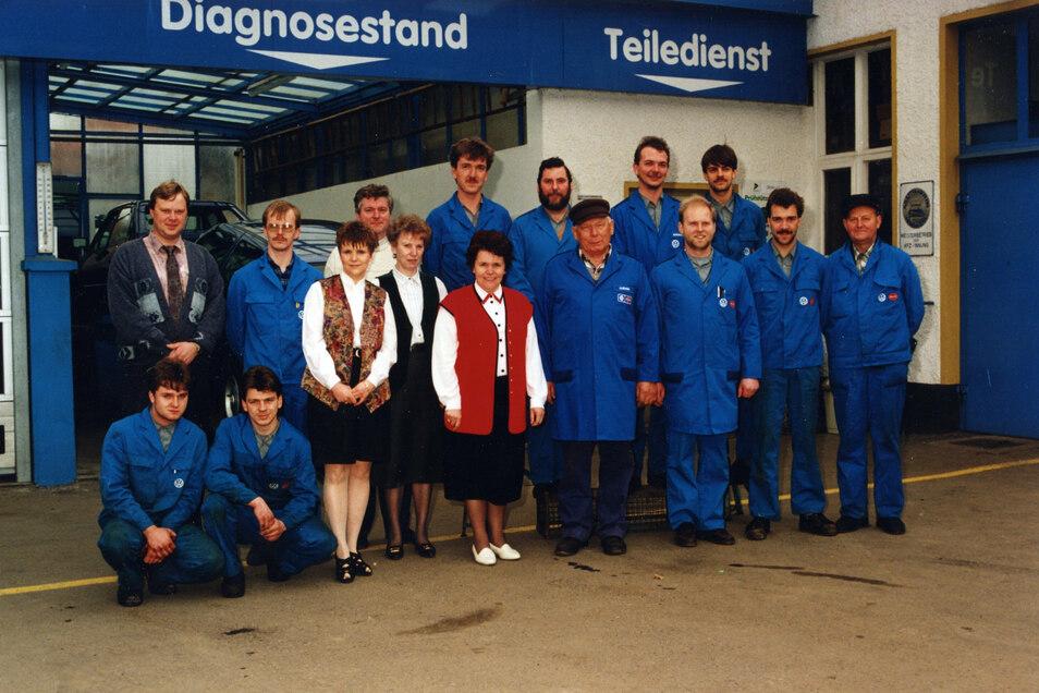 Ein Belegschaftsfoto von 1993. Margot Liliensiek in der Mitte führte das Geschäft nach dem Tod ihres Mannes von 1991 bis 2001.