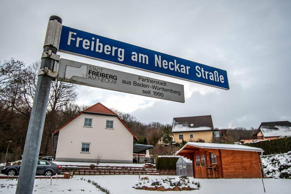 Das größte Entwicklungspotenzial in Sachen Eigenheime hat die Stadt Roßwein im Moment an der Freiberg am Neckar Straße. Dort gibt es Bauplätze auf kommunalem, aber auch auf privatem Land.