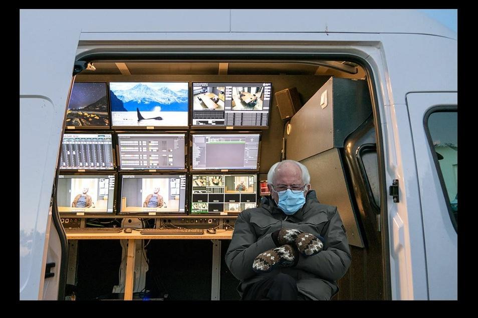 Bernie Sanders im neuen Übertragungswagen von Walkomedia.