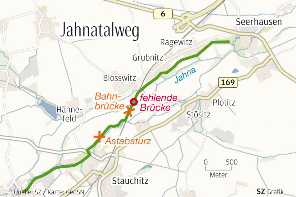 Die Route führt zwischen Seerhausen und Stauchitz an Bäumen entlang.